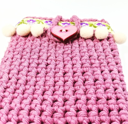 Purple phone case cocheted for woman, Boho style decoration
